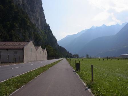 【改訂版】2012 スイスBD-1の旅(2日目-3:Altdorf→Gurtnellen)