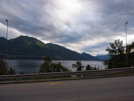 【改訂版】2012 スイスBD-1(birdy)サイクリングの旅(3日目-5:Bellinzona→Locarno)